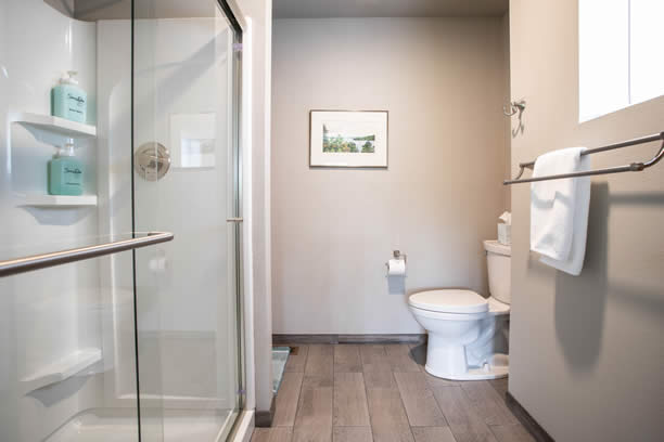 leavenworth wa vacation home bathroom